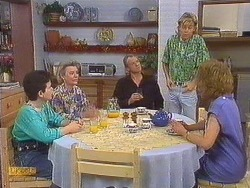Lucy Robinson, Helen Daniels, Jim Robinson, Scott Robinson, Madge Bishop in Neighbours Episode 0635