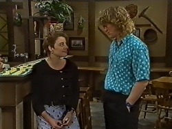 Gail Robinson, Henry Ramsay in Neighbours Episode 0636