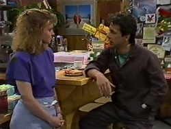 Sally Wells, Tony Romeo in Neighbours Episode 0636