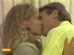 Jane Harris, Glen Matheson in Neighbours Episode 0638