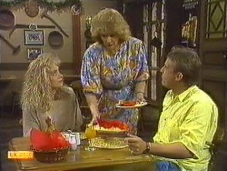 Jane Harris, Madge Bishop, Glen Matheson in Neighbours Episode 0638