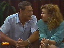 Malcolm Clarke, Sally Wells in Neighbours Episode 0639