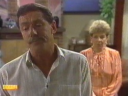Malcolm Clarke, Eileen Clarke in Neighbours Episode 0639