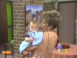 Jamie Clarke, Eileen Clarke in Neighbours Episode 0640