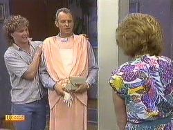 Henry Ramsay, Jim Robinson, Madge Ramsay in Neighbours Episode 0640