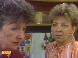 Nell Mangel, Eileen Clarke in Neighbours Episode 0640
