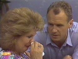 Madge Ramsay, Jim Robinson in Neighbours Episode 0640