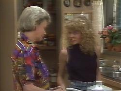 Helen Daniels, Charlene Mitchell in Neighbours Episode 0641