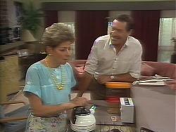 Eileen Clarke, Malcolm Clarke in Neighbours Episode 0641