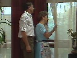 Malcolm Clarke, Eileen Clarke in Neighbours Episode 0641
