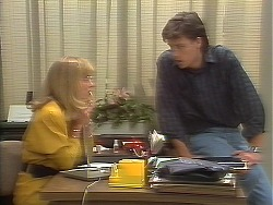 Jane Harris, Mike Young in Neighbours Episode 0641