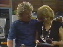 Henry Ramsay, Madge Ramsay in Neighbours Episode 0643