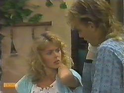 Charlene Robinson, Scott Robinson in Neighbours Episode 0643