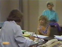 Beverly Marshall, Charlene Robinson, Helen Daniels in Neighbours Episode 0643