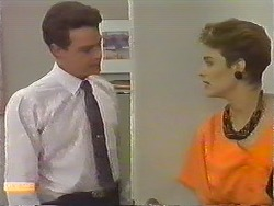 Paul Robinson, Gail Robinson in Neighbours Episode 0644