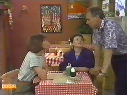 Beverly Marshall, Lucy Robinson, Jim Robinson in Neighbours Episode 0644