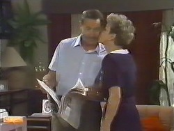 Malcolm Clarke, Eileen Clarke in Neighbours Episode 0645