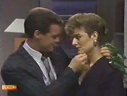 Paul Robinson, Gail Robinson in Neighbours Episode 0645