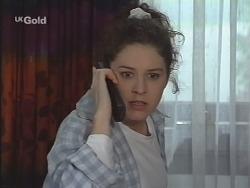 Kimberley Stevens in Neighbours Episode 2571