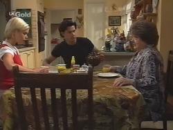 Joanna Hartman, Sam Kratz, Marlene Kratz in Neighbours Episode 2571