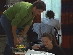 Luke Handley, Kimberley Stevens, Cody Willis in Neighbours Episode 2571