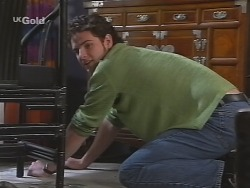 Luke Handley in Neighbours Episode 2571