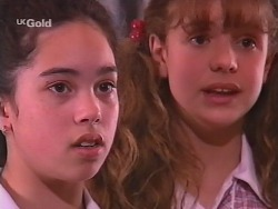 Zoe Tan, Hannah Martin in Neighbours Episode 2573