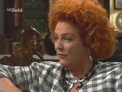 Cheryl Stark in Neighbours Episode 2573
