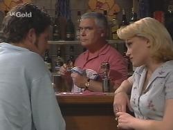 Luke Handley, Lou Carpenter, Female Drinker in Neighbours Episode 2574