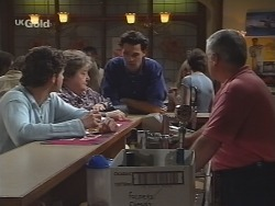 Luke Handley, Marlene Kratz, Sam Kratz, Lou Carpenter in Neighbours Episode 2574