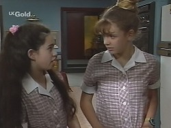 Zoe Tan, Hannah Martin in Neighbours Episode 2574