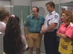 Hannah Martin, Zoe Tan, Philip Martin, Detective Skilbeck, Kristy in Neighbours Episode 2574