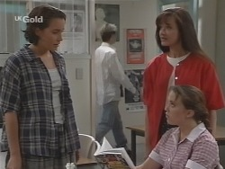 Georgia Brown, Susan Kennedy, Libby Kennedy in Neighbours Episode 2576