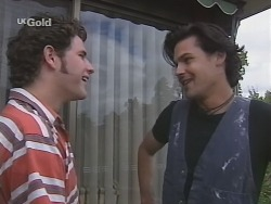 Luke Handley, Sam Kratz in Neighbours Episode 2578