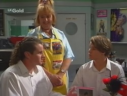 Toadie Rebecchi, Angie Rebecchi, Billy Kennedy in Neighbours Episode 2578