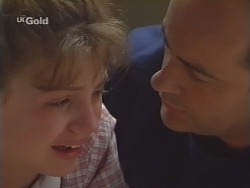 Hannah Martin, Philip Martin in Neighbours Episode 2580