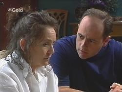 Pam Willis, Philip Martin in Neighbours Episode 2580