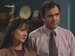 Susan Kennedy, Karl Kennedy in Neighbours Episode 2581