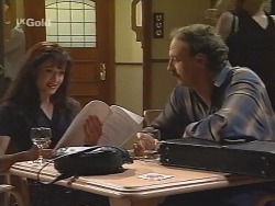 Susan Kennedy, Alan McKenna in Neighbours Episode 2584