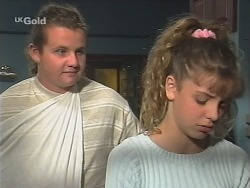 Toadie Rebecchi, Hannah Martin in Neighbours Episode 2585