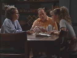 Georgia Brown, Philip Martin, Hannah Martin in Neighbours Episode 2586
