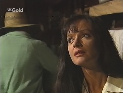 Hugh Murphy, Susan Kennedy in Neighbours Episode 2586