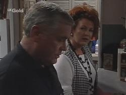 Lou Carpenter, Cheryl Stark in Neighbours Episode 2587