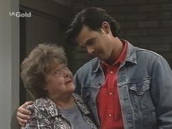 Marlene Kratz, Sam Kratz in Neighbours Episode 2587