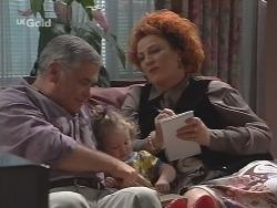 Lou Carpenter, Louise Carpenter (Lolly), Cheryl Stark in Neighbours Episode 2587