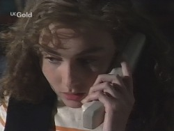 Debbie Martin in Neighbours Episode 2588