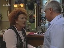 Cheryl Stark, Lou Carpenter in Neighbours Episode 2589