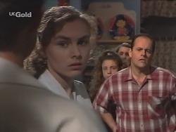 Joel Supple, Debbie Martin, Hannah Martin, Georgia Brown, Philip Martin in Neighbours Episode 2589