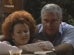 Cheryl Stark, Lou Carpenter in Neighbours Episode 2590