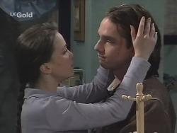 Libby Kennedy, Darren Stark in Neighbours Episode 2704